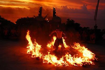 Tarian Api di Bali