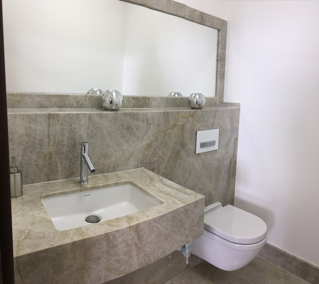 Naturstein-Badezimmer sind einmalig!