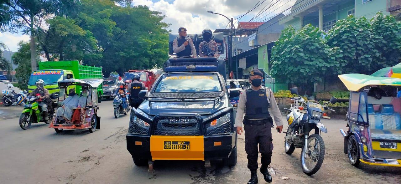 Gunakan Mobil Public Address, Sabhara Polres Gowa Intens Beri Himbauan