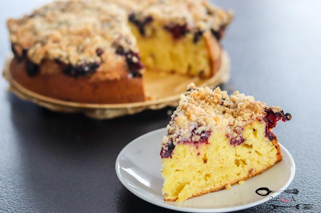 ciasta i desery, ucierane z owocami, ciasto na jogurcie, ciasto na oleju, ciasto z owocami i kruszonką