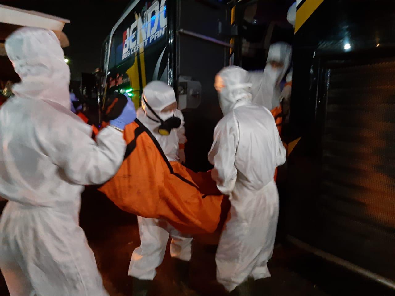 Mayat Dalam Bus Sinar Sari, Diduga Meninggal Karena Dakit Jantung