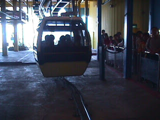 3050Cable Car to Sentosa Island