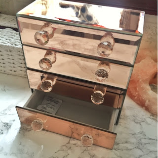 Beautify rose gold mirror beauty and jewellery collection