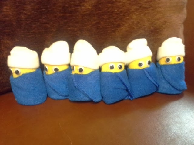 Baby Shower Minions Part - 36: Crocheted Minions For Baby Shower