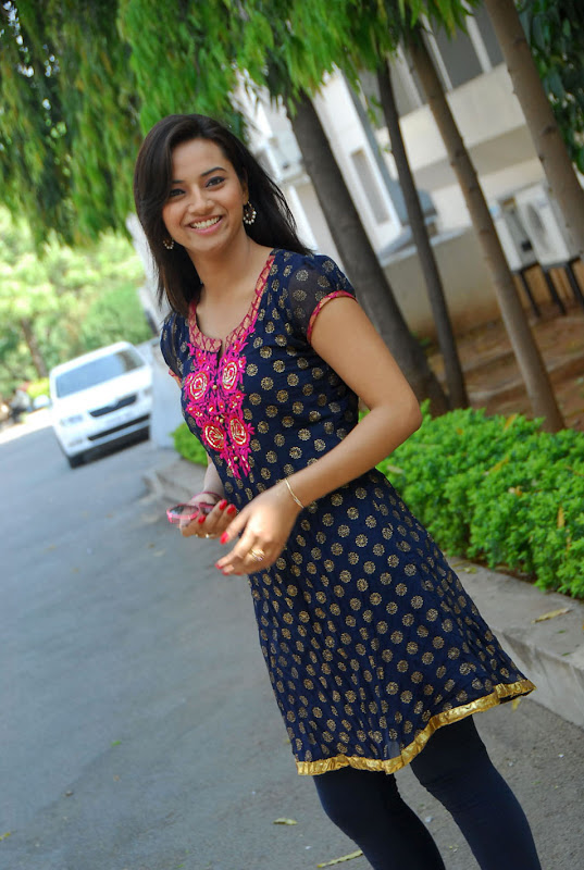 Isha Chawla Prema Kavali fame Latest Photoshoot glamour images