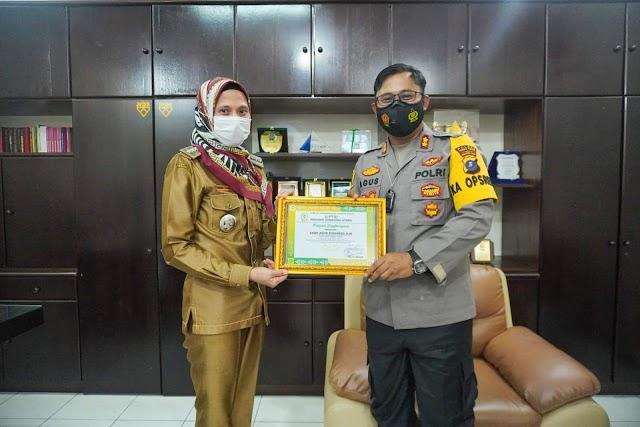 AKBP Agus Sugiyarso,S.Ik Mendapat  Piagam Penghargaan Apresiasi Atas Kinerja Polres Tebing Tinggi