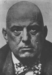 Aleister Crowley 7, Aleister Crowley