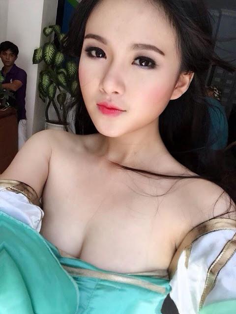 Hot girl Đing Đang