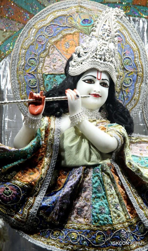 ISKCON Juhu Mangal Deity Darshan on 5th Aug 2016 (24)