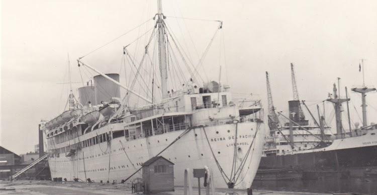 17- El REINA DEL PACIFICO en Liverpool. Fecha indeterminada. Web Shipspotting. Fotografo. PWR..jpg