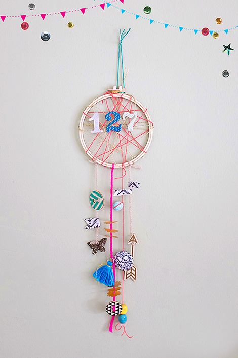 Maria Lacuesta - DIY Crate Paper Dream Catcher Tutorial