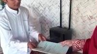 Jumat Berkah..  Donat Madu Dapat , Akta Yayasan Ponpes Sudah Ditangan Pak Kyai