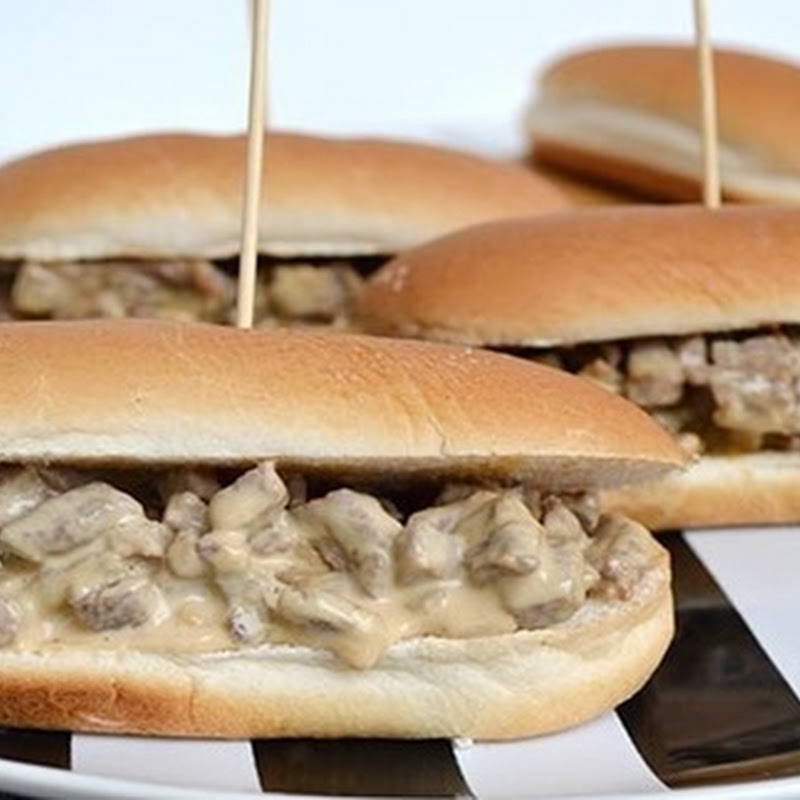 Cheesesteak ή  Philly cheesesteak
