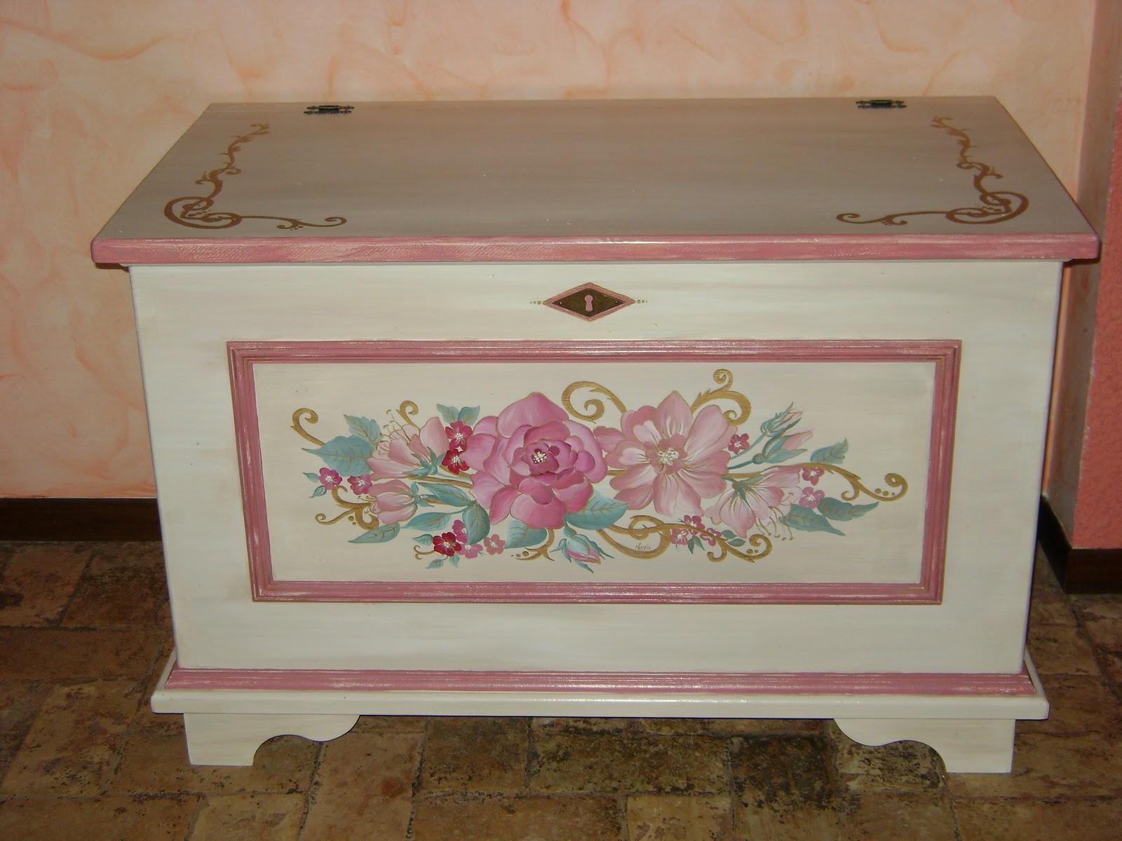 Mirnacreation artistic lab mobili dipinti for Disegni mobili casa