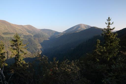 Stoh a Šútovská dolina z predvrcholu Suchého vrchu