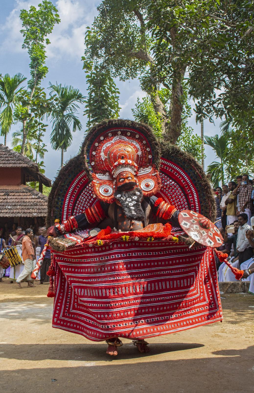 Kuttichathan Theyyam - കുട്ടിച്ചാത്തന് തെയ്യം
