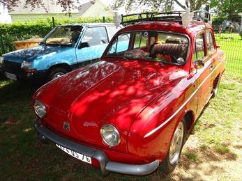 2018.05.06-012 Renault Dauphine rouge