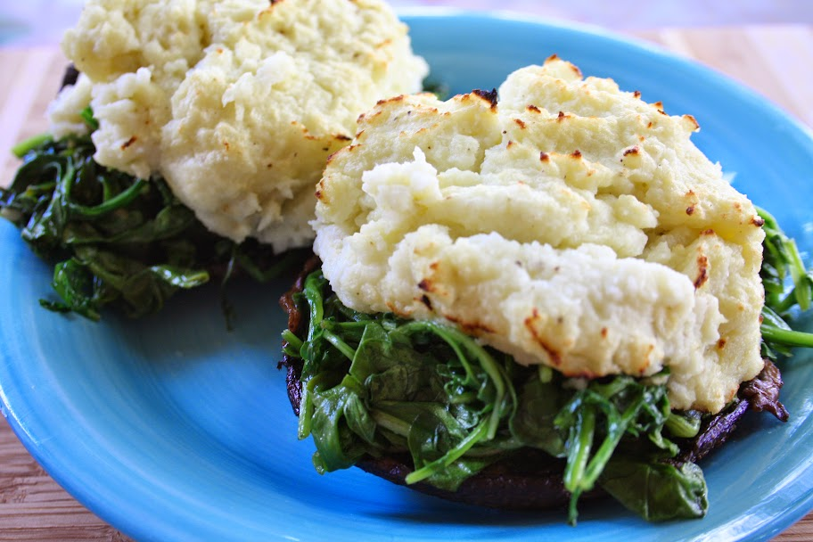 Mashed Cauliflower and Arugula Stuffed Portobellas #WeekDaySupper #ChooseDreams #MeatlessMonday