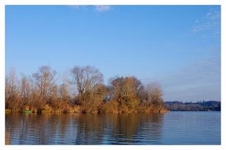 Photo: Stille Wasser  PENTAX K-7 ISO 100 Belichtung 1/125 Sek. Blende f/ 8.0 Brennweite 28mm Datum und Uhrzeit (Original)2011:11:21   15:27:42