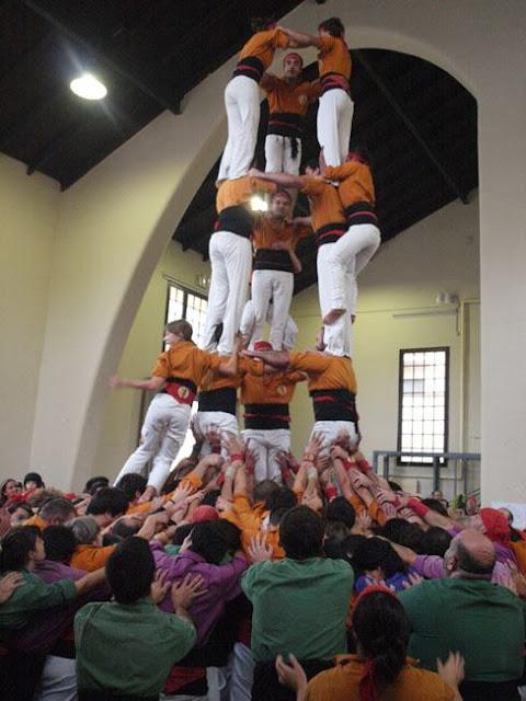 Diada Sagals dOsona 2011 01 - 100000832616908_735331.jpg