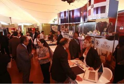 90 stands de exhibición apertura en MANUFEXPORT 2012