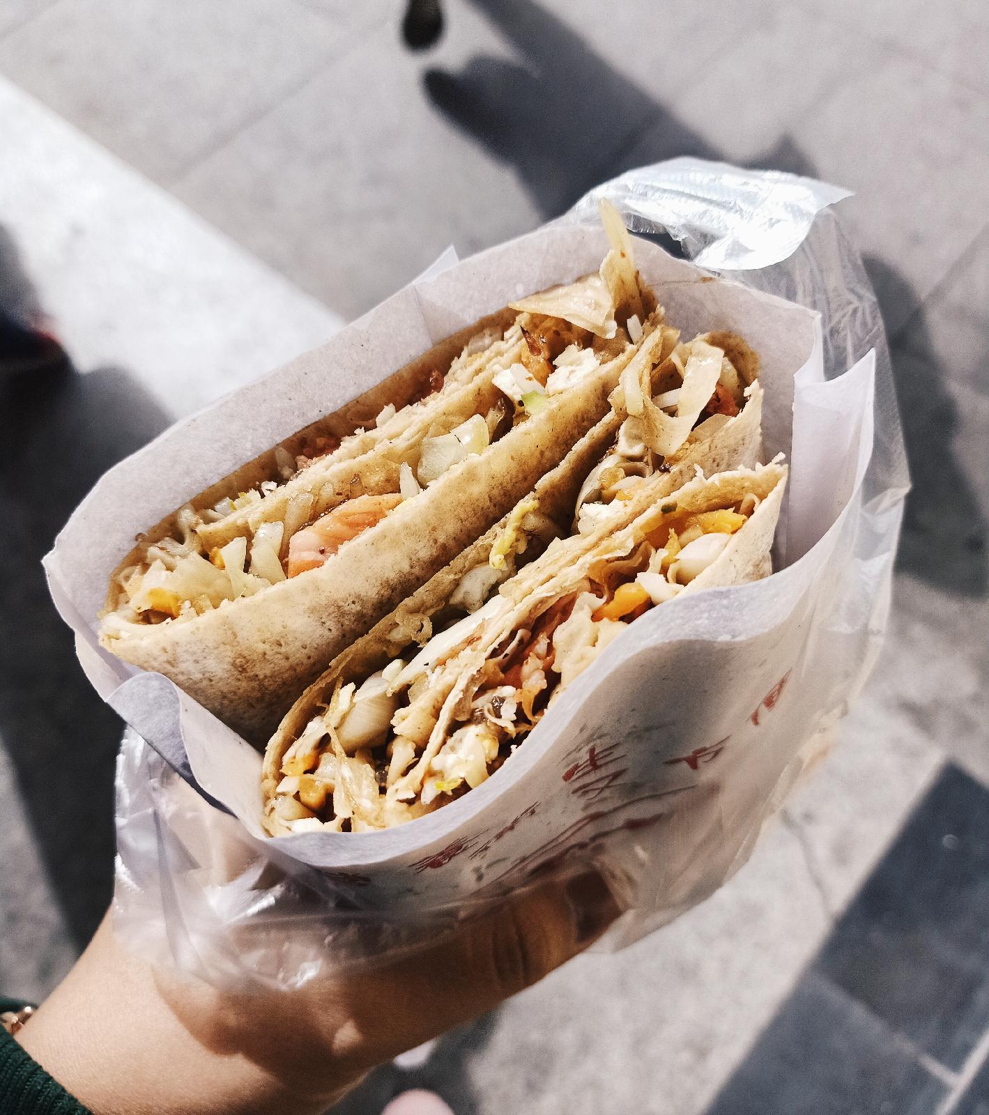 Jianbing 煎饼, Kebab Ala China | Makanan Favorite!