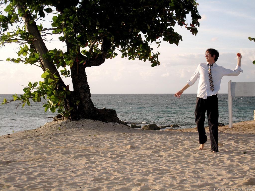 [businessman-on-the-beach%5B14%5D]