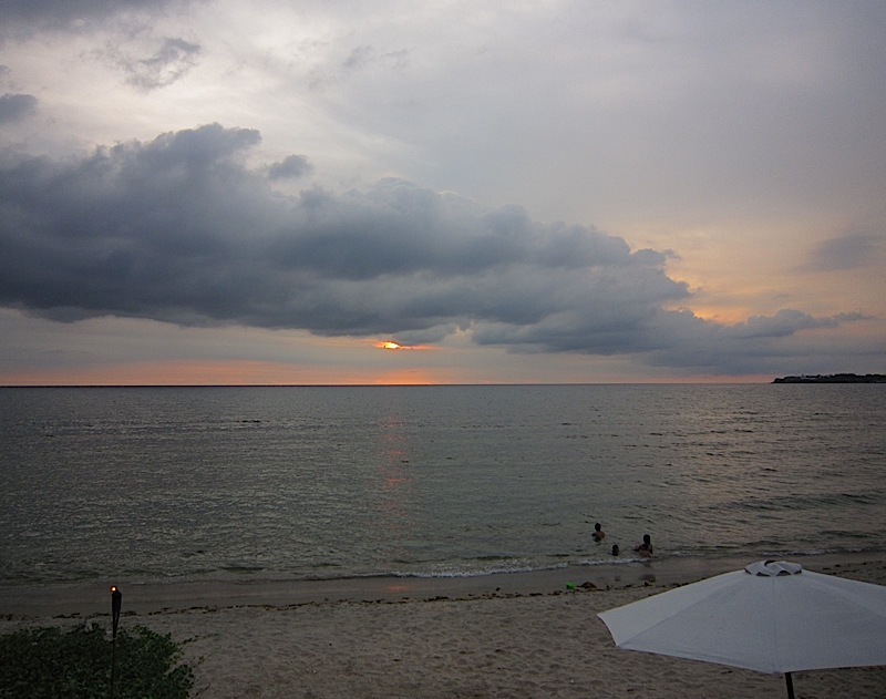 an overcast sunset at Sunset Bay Beach Resort in San Fernando, La Union