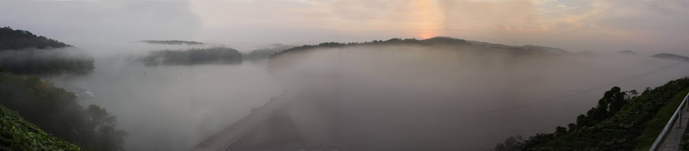 Photo: Norris Dam at sunrise with heavy fog