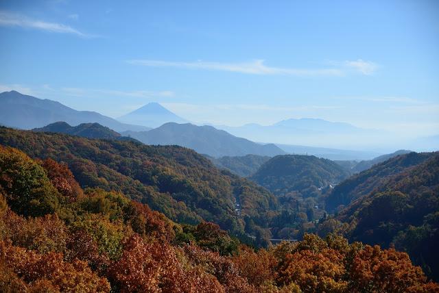 八ヶ岳高原大橋 富士山 紅葉