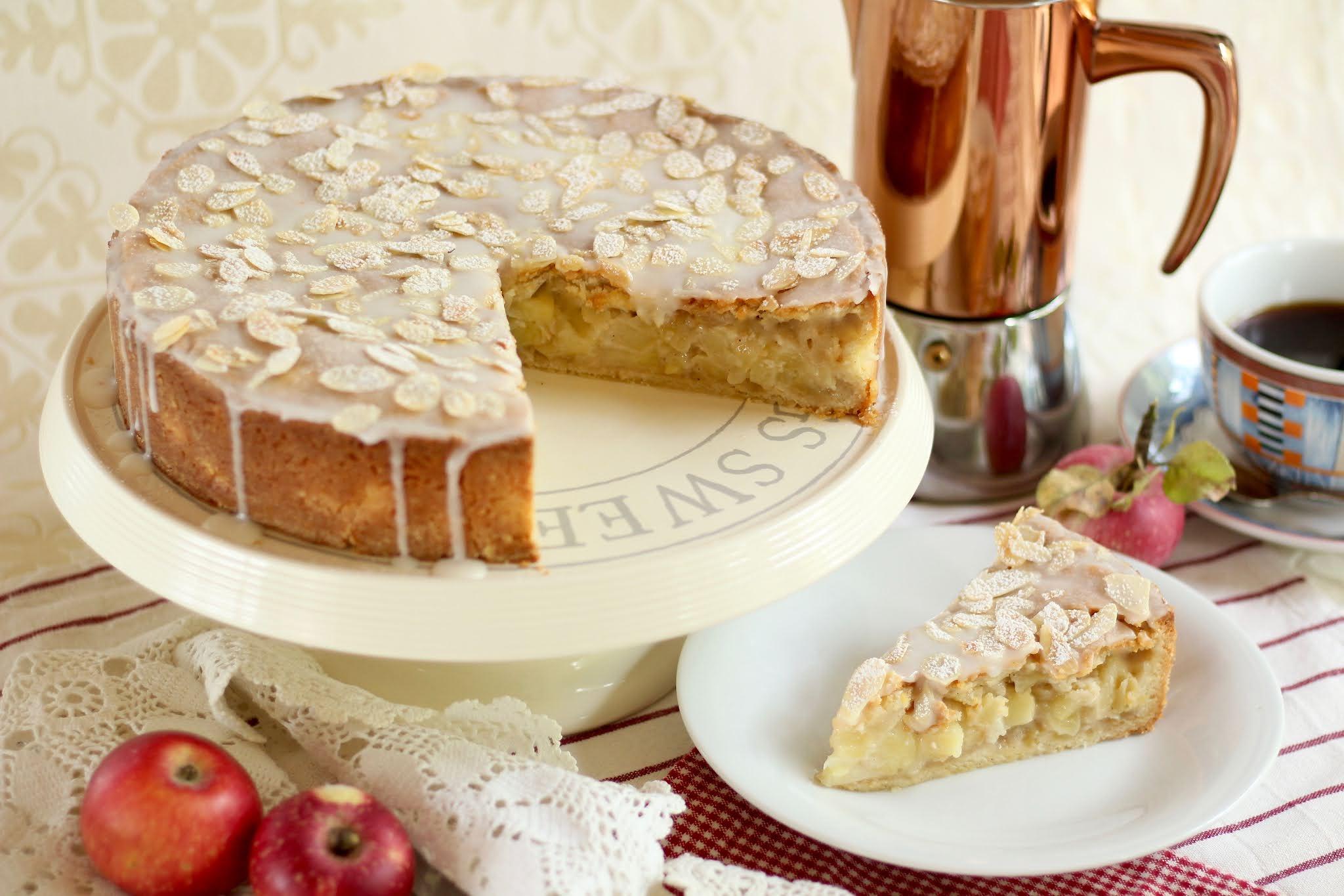 Der Kuchenklassiker: Gedeckter Apfelkuchen. Köstliche, herbstliche Apfeltorte! | Rezept und Video