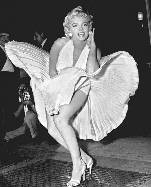 marily-monroe-subway