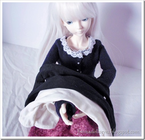 Tights and socks for ball jointed dolls.