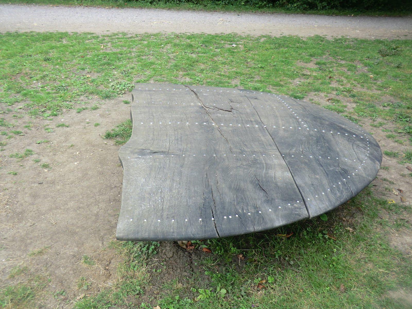 CIMG5906 Memorial wing-tip in Memorial Glade