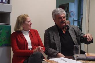 Photo: KÜNSTLERGESPRÄCH MIT BERND WEIKL am 6.2.2016. Dr. Renate Wagner, Dr. Bernd Weikl. Copyright: Herta Haider