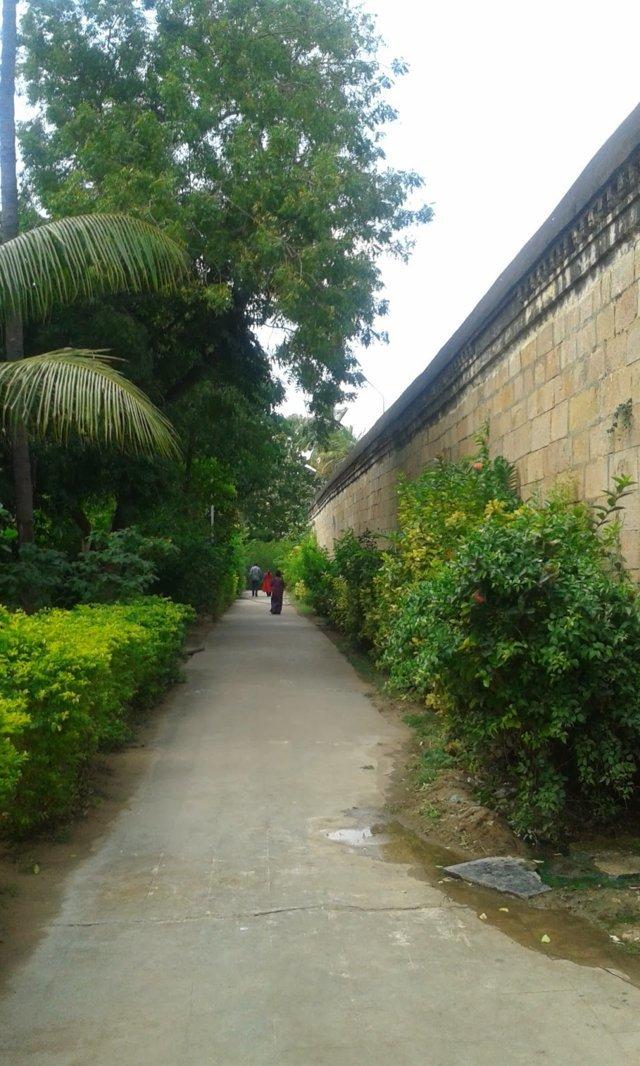 Sri Mullaivananathar Temple, Thirukkarugavur, Papanasam - 275 Shiva Temples