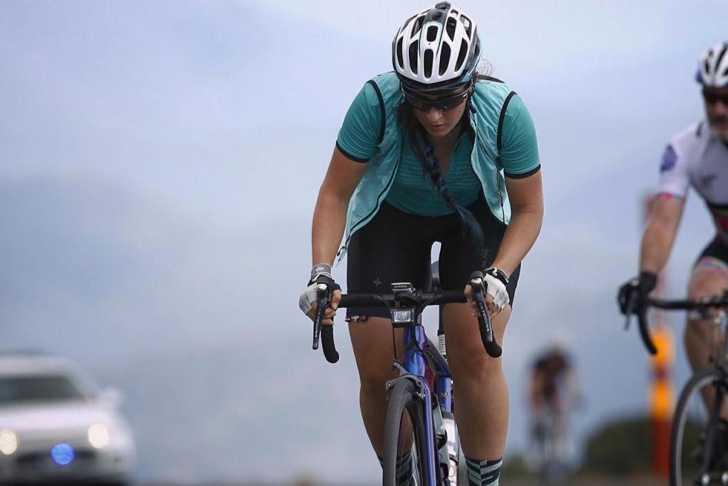 mulheres cabelo capacete bicicleta 1 - bike tribe.png