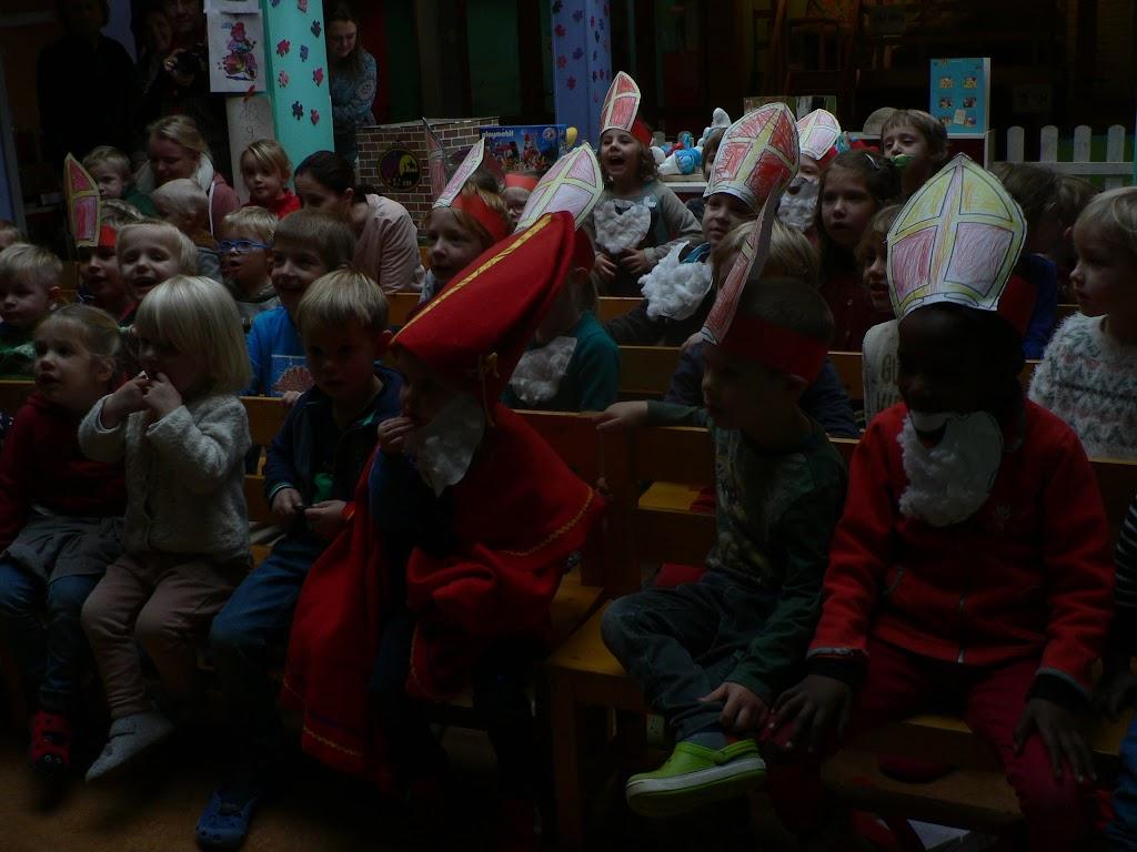 Sinterklaas op bezoek - P1270299.JPG