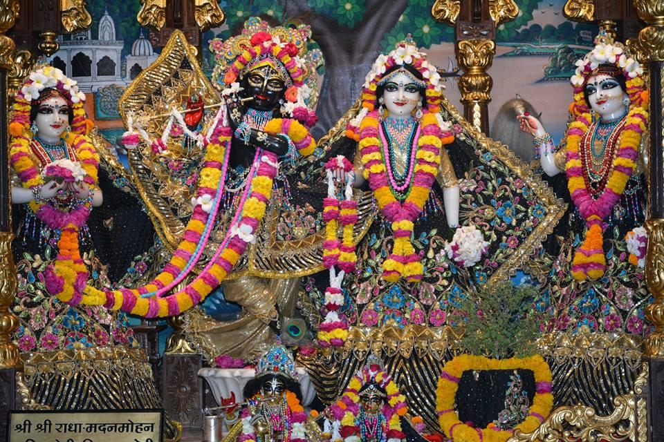 ISKCON Ujjain Deity Darshan 09 April 2016 (9)