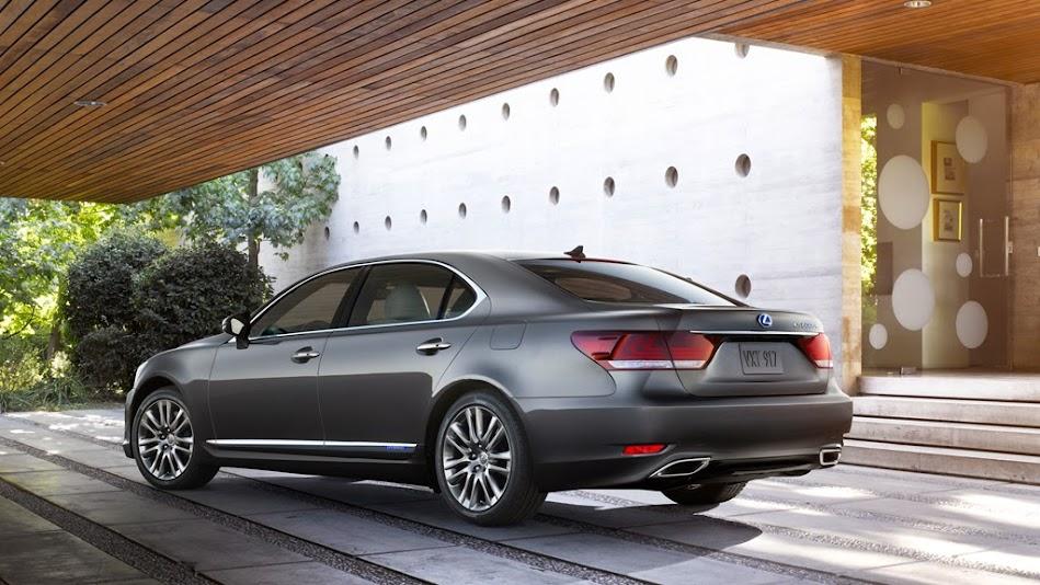 Lexus Ls Hybrid Exterior Ei Ls L Aw X on Gia Xe Lexus Rx 350