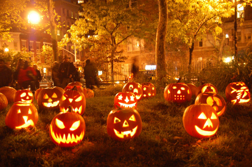 PORTEmaus: Halloween Traditions....what better way to celebrate ...
