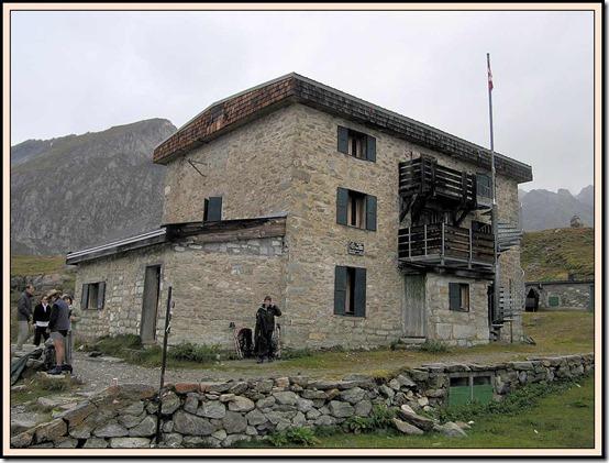 37-Day5-At-Refuge-du-Col-de-la-Vanoise