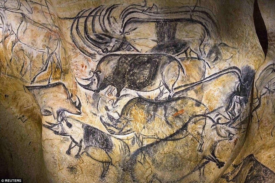chauvet-cave-13