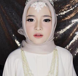 kumpulan foto cantik nissa sabyan penyanyi gambus musik arab