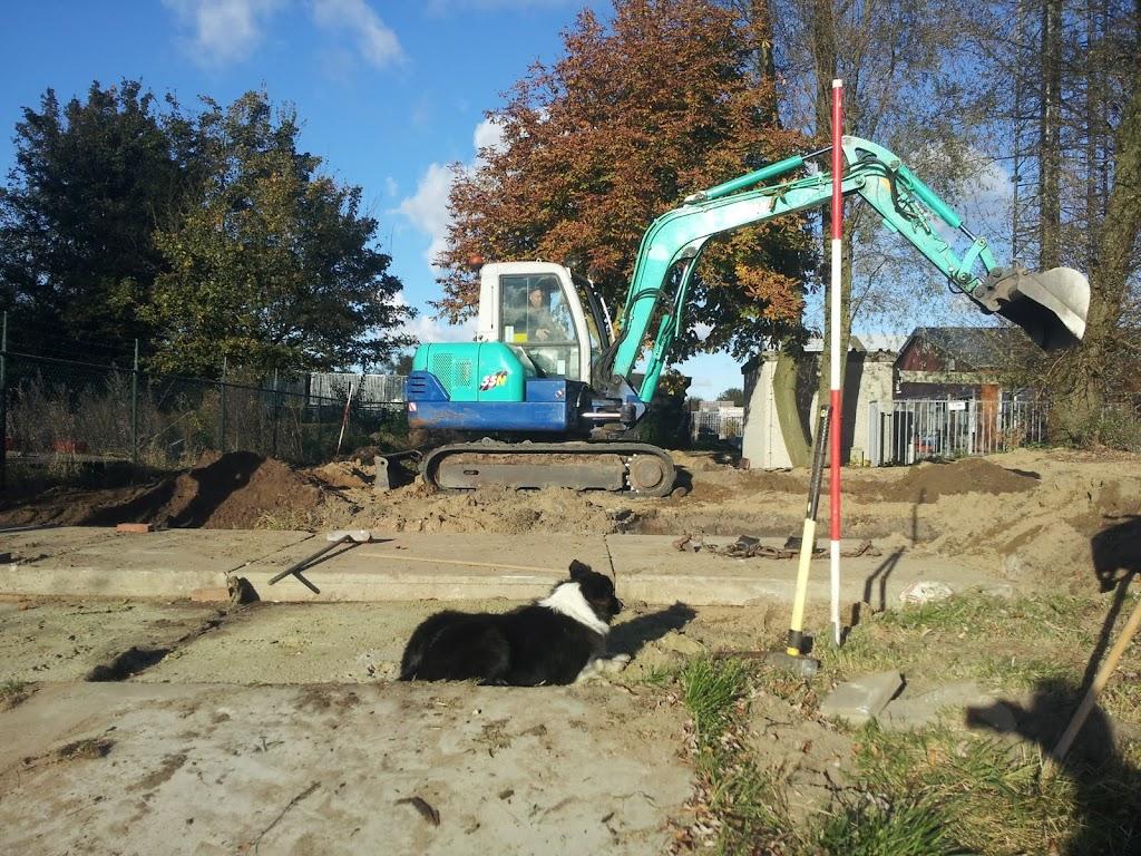 Botenloods - Voorbereiding plaatsen vloer - 20121027_162248.jpg