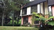 Villa Dudung 3 Kamar Di Penginapan Istana Bunga