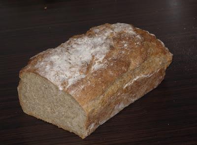chleb zdrowy domowy razowy pełnoziarnisty pszenny