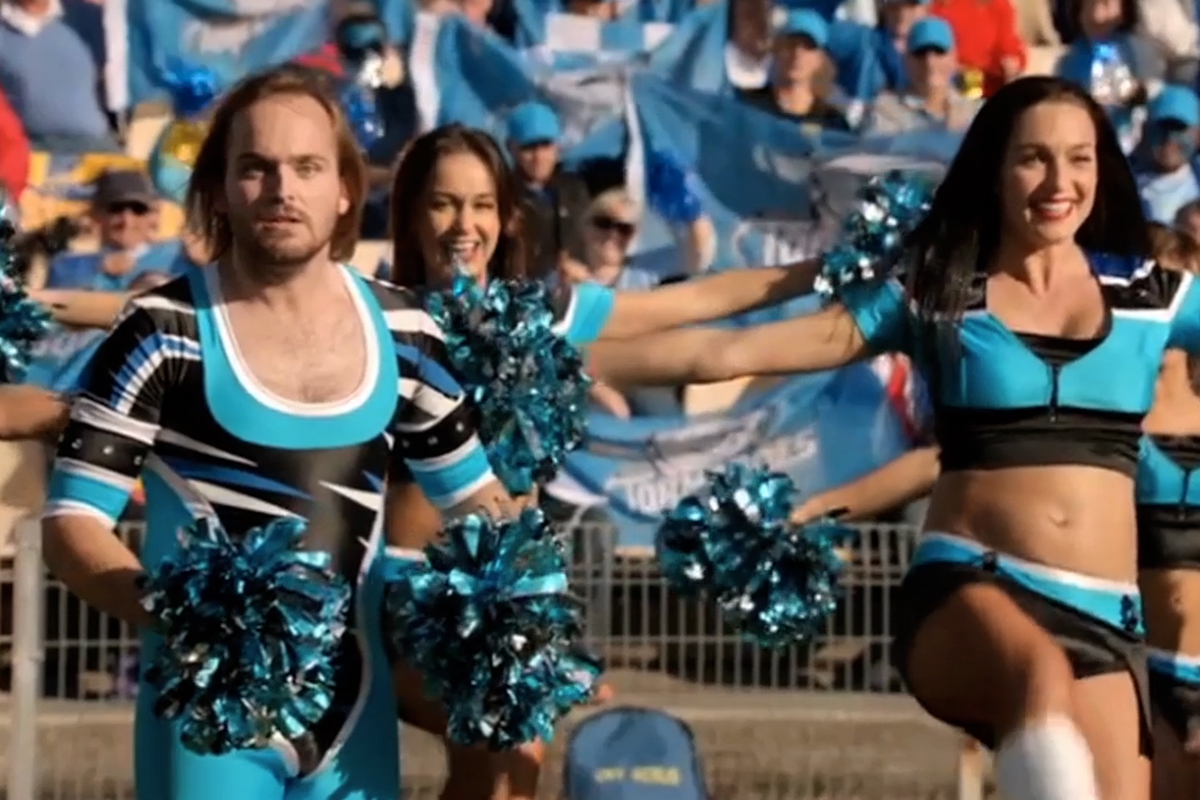 This Dude Joins The Cheerleading Squad To Get Front Row Seats In Foster's Beer Latest Ad