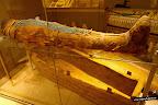 Enterramiento y momia de Usai. Cultura egipcia