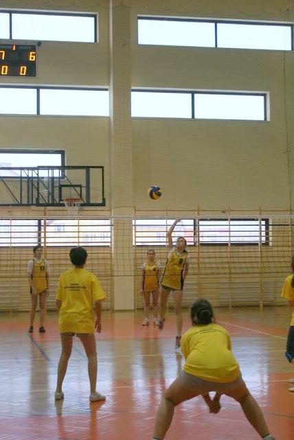 Zawody siatkarskie dziewczat 1 marca 2011 - DSC09323_1.JPG